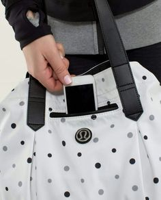 Lululemon Enlighten And Expand Tote Exploded Chevron Dot Printed Black White ~ LOVEE Gym Bag, Chevron, Lululemon, Workout, Black And White, My Favorite Things, Printed, My Style, How To Wear