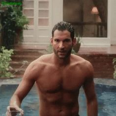 Tom Ellis Bares His Hot Chiseled Abs for 'Lucifer' Date Announcement Video!: Photo Lucifer's new season officially has a release date on Netflix.and an extremely steamy new shirtless video! Tom Ellis, the lead in the series, can be seen emerging… Lucifer Gif, Tom Ellis Lucifer, Lucifer New Season, Tom Ellis Shirtless, Netflix, Black And White Baby, Famous Men, Cute Guys, Sexy Men