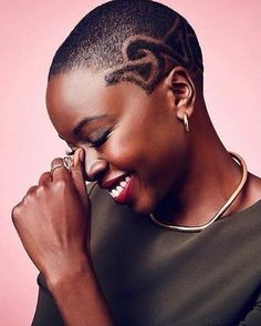 """1,375 Likes, 16 Comments - Oyin Handmade (@oyinhandmade) on Instagram: """"A Force to Be Reckoned With.. with a dope smile and dope hair cut! @danaigurira is our #wcw…"""""""