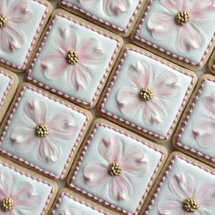Trays of Dogwood cookies for Wedding favours all done! #dogwood #flower #decoratedsugarcookies #decoratedcookies #torontocustomcookies #torontodecoratedcookies