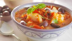 Fish Stew, Fish And Seafood, Thai Red Curry, Cod, Food And Drink, Fresh, Ethnic Recipes, Healthy Dinners, Portuguese