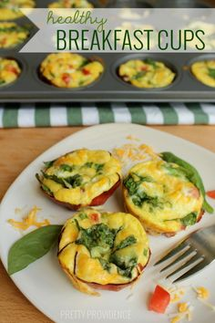 Healthy Breakfast Cups! Eggs, cheese, Black Forest ham and lots of veggies loaded into this freezer-friendly breakfast! #yum #ad #StandUpCheese