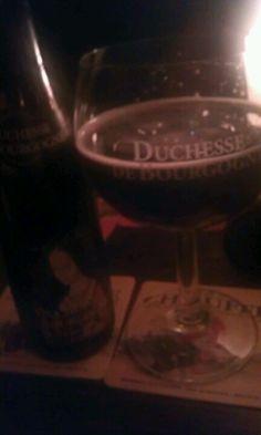 Duchesse de Bourgogne.. een heerlijk biertje wat je moet proberen. Verhaal erachter is ook brilliant