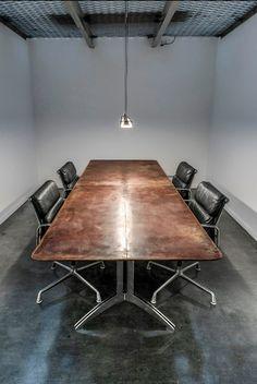Leather tabletop, VanGijs
