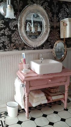 Miniature shabby chic dollhouse bathroom