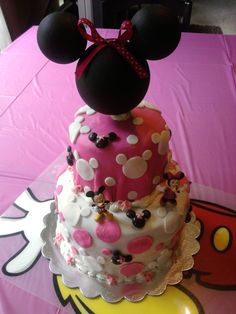 Mickey & Minnie Mouse Birthday Cake - Find more Minnie and Mickey Party Ideas at www.birthdayinabo...
