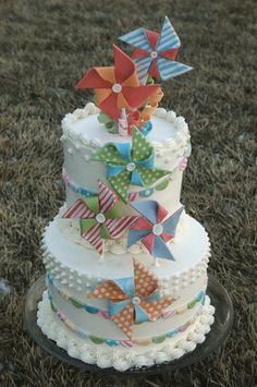 Pinwheel Pennant Cake