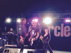 Art, Freddy and Davey during the show in Fort Wayne Indiana 07/11/15