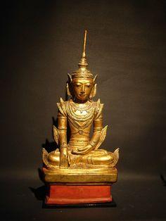 Bouddha de Mandalay 19ième en laque sèche