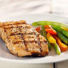 Salmón a la Plancha con Verduras Te enseñamos a cocinar recetas fáciles cómo la receta de Salmón a la Plancha con Verduras y muchas otras recetas de cocina..