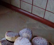Pączki z patelni - PrzyslijPrzepis.pl Dairy, Eggs, Cheese, Breakfast, Food, Morning Coffee, Essen, Egg, Meals