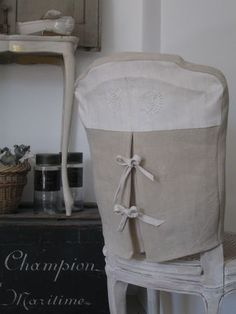 Slipcover Chair. Two tone look. White and beige combination.
