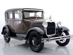1929 Ford Model A Sedan The material which I can produce is suitable for different flat objects, e.g.: cogs/casters/wheels… Fields of use for my material: DIY/hobbies/crafts/accessories/art... My material hard and non-transparent. My contact: tatjana.alic@windowslive.com web: http://tatjanaalic14.wixsite.com/mysite