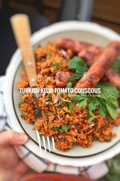 Turkish kisir: a delicious couscous salad recipe with tomato paste and fresh herbs... a great alternative for classic tabbouleh!