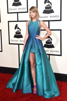 Taylor Swift @ the Grammys she is beautiful!!
