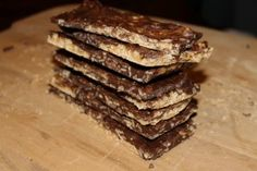 Homemade Peanut Butter Krackle Candy Bars - Easy Recipe (640x427)