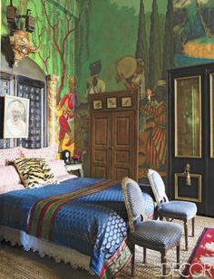 For the master bedroom of her San Antonio, Texas, home, decorator Gwynn Griffith had her son paint a Persian landscape on the walls