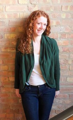 The Cardimom cardigan to poncho sweater, perfect for fall travel. Forest green looks great on ginger, brunette, and blonde! Perfect layer to go with jeans and tee and perfect for moms! Poncho Sweater, Hooded Sweater, Maternity Fashion, Pregnancy Fashion, Maternity Style, Maternity Sweater, How To Wear Scarves, Baby Wearing, Looks Great