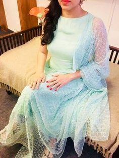 Churidar Designs, Kurta Designs Women, Blouse Designs, Dress Designs, Kurti Sleeves Design, Kurta Neck Design, Indian Dresses, Indian Outfits, Salwar Pattern