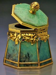 Antique Russian gold mounted amazonite box by Bolin, jeweler of the Imperial Court, Moscow 1899-1908, Ivan Antonovich Flink