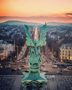 Archangel Gabriel the Awakener, Over Budapest, Hungary Budapest Travel Guide, Capital Of Hungary, Buda Castle, Beautiful Places To Travel, Cruise Travel, Budapest Hungary, European Travel, Travel Posters, Travel Inspiration