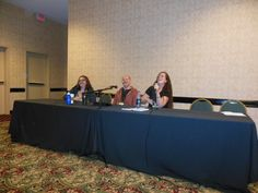 The Boys With Badges panel :) That's Tere Michaels on the left, Hank Edwards and Silvia Violet