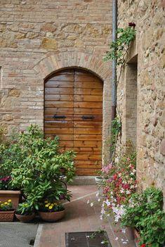 Door of the day  www.cookintuscany.com   #italy #culinary #cooking #school #cookintuscany #montepulciano #italy #culinary #montefollonico #tuscany #class #schools #classes #cookery #cucina #travel #tour #trip #vacation #pienza #florence #siena #cook #tuscan #cortona #pienza #pasta #iloveitaly #allinclusive #women #underthetuscansun #wine #vineyard #church #domo #gelato #dog #vino #italyiloveyou