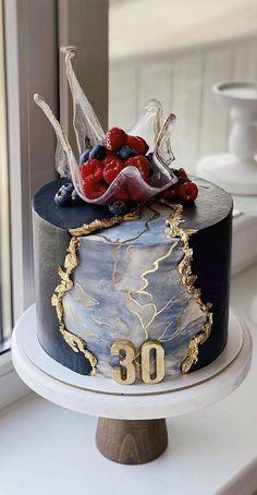 Best Birthday Cake Designs, Elegant Birthday Cakes, Beautiful Birthday Cakes, Beautiful Cakes, Amazing Cakes, Elegant Cakes, Cake Decorating Frosting, Creative Cake Decorating, Birthday Cake Decorating