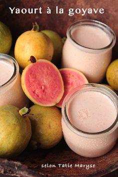 Découvrez en pas à pas comment réaliser un dessert antillais si savoureux qu'il deviendra un de vos préférés. Je veux parler du yaourt à la goyave.