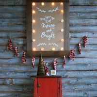 http://www.brepurposed.com/2014/12/10/christmas-marquee-sign-monthly-diy-challenge/