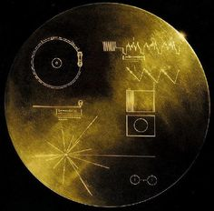 The Voyager Disc (Pictures) / El Disco de Voyager (Imagenes) --- (Many of the photos seem quite crappy, actually.. And I don't mean the aged/faded colours..)