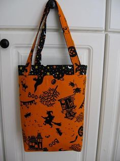 DIY Tutorial: DIY HALLOWEEN COSTUME / DIY Trick or Treat Bag, Free Pattern - Bead&Cord