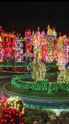 Disneyland Christmas Wallpaper by mmtari - 93 - Free on ZEDGE™ Christmas Scenes, Christmas Makes, Christmas Music, Winter Christmas, Christmas Lights, Christmas Decorations, Christmas Stuff, Beautiful Christmas, Cute Christmas Wallpaper