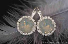 Graue Opal Kissen Schnitt Ohrringe mit Strasssteinen - Small Treats Diamond Earrings, Jewelry, Fashion, Bridesmaid Earrings, Bridesmaids, Cushion, Jewellery Making, Moda, Jewels