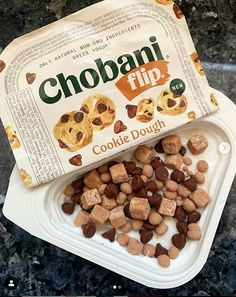 I've never been a huge fan of Greek yogurt, but Chobani Flip's newest cookie dough topping absolutely just changed my mind about that. Cookie Dough Yogurt, Aesthetic Food, Aesthetic Collage, Vanilla Greek Yogurt, Popsugar Food, Cookies And Cream, Food Cravings, Yummy Food, Healthy Food