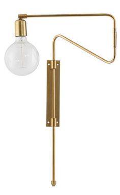 Scopri Applique Swing -/ Metallo - Braccio girevole, ottone di House Doctor disponibile su Made In Design Italia il miglior sito online di design.