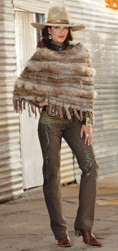 Texas Cowgirl Look Sexy Cowgirl, Cowgirl Chic, Western Chic, Cowgirl Style, Western Wear, Cowgirl Hats, Beauty And Fashion, Look Fashion, Autumn Fashion