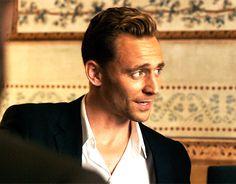 Just Tom Hiddleston Thomas William Hiddleston, Tom Hiddleston Loki, Wattpad, Night Manager, Avengers, Behind Blue Eyes, Marvel Actors, Raining Men, Attractive Men