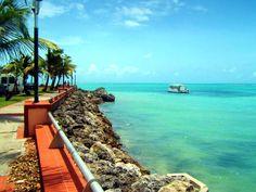 Bourg de Sainte-Anne #Guadeloupe