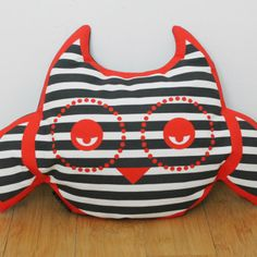 Gloopy Owl pillow softie