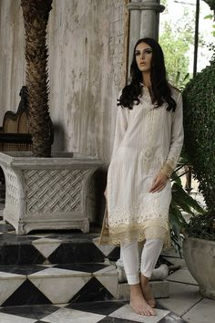 Lakhany zunn collection 2014.            Elegant kurta . Perfect for warm summer days