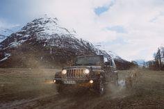 Mud riding photo by Philippe Toupet (@philippetoupet) on Unsplash