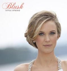 pretty bridesmaid look