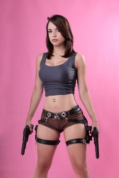 Indhir lara-croft-cosplay