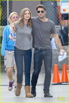 Emily VanCamp & Josh Bowman Are Wrapped Up in Each Other's Love! | Emily VanCamp, Joshua Bowman Photos | Just Jared