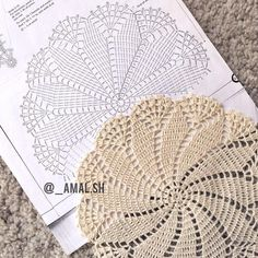 Flower crochet doilies, Crochet placemats, Cotton beige doilies, Thanksgiving gift idea - Her Crochet Filet Crochet, Mandala Au Crochet, Free Crochet Doily Patterns, Crochet Placemats, Crochet Circles, Crochet Motifs, Crochet Diagram, Thread Crochet, Crochet Stitches