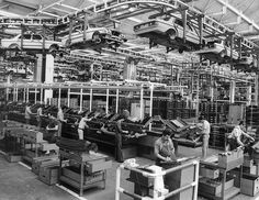 Mercedes-Benz W123 Assembly line | Flickr - Photo Sharing!