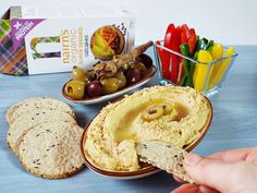 hummus cu masline si capere 1 Hummus, Protein, Seeds, Ethnic Recipes, Food, Essen, Meals, Yemek, Eten