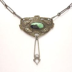 STERLING ARTS AND CRAFTS HAND HAMMERED NECKLACE CIRCA 1900