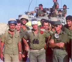 Gens Ariel Sharon and Moshe Dayan, Egypt, 1973